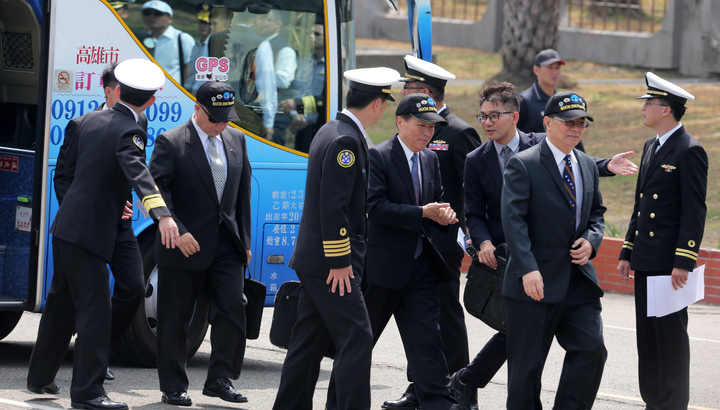 蔡英文總統今天上午南下左營主持潛艦國造簽約儀式、還高規格禮遇請來多位退役上將觀禮。記者劉學聖/攝影