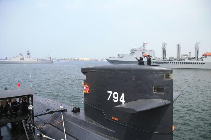 這是海虎潛艦完成魚叉飛彈工程改裝後,首度亮相,不過其外觀並沒有任何變化。軍聞社提供