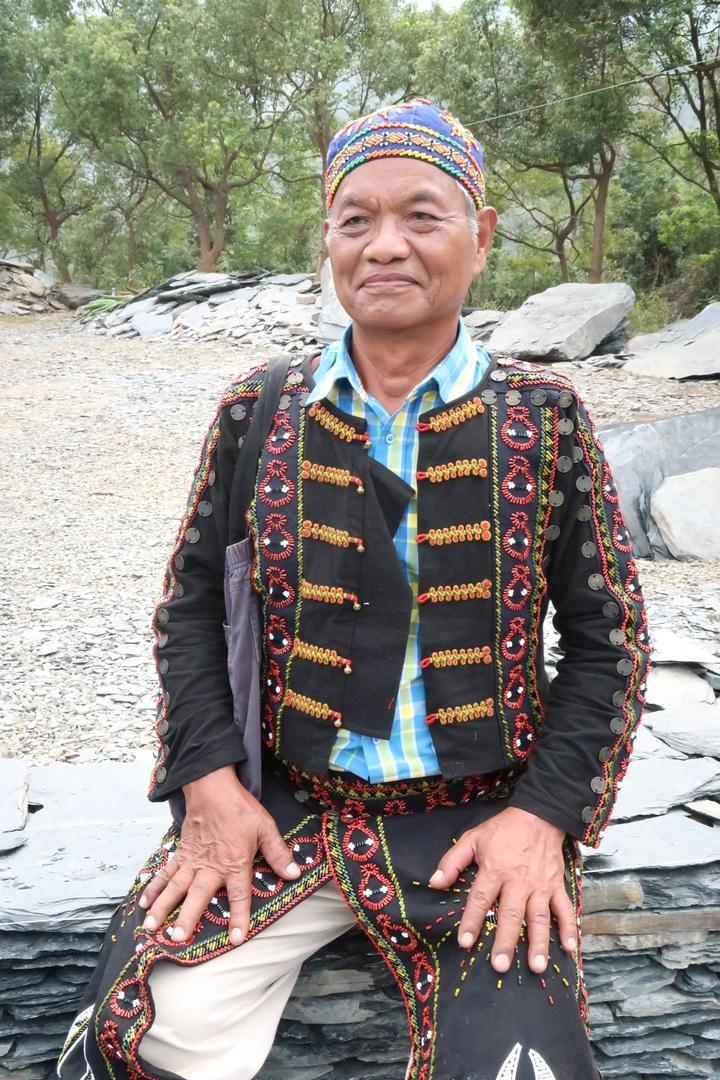 一生記錄魯凱族的邱金士,45歲回到舊好茶後,就不再離開,目前一年有半年以上時間都住在舊好茶。記者翁禎霞/攝影