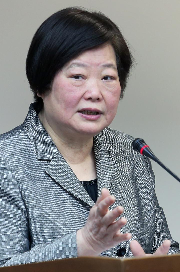 勞動部長林美珠上午在立法院證實,將再次舉辦公聽會,讓工商團體有再次發聲機會。記者陳正興/攝影