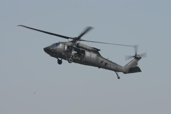陸航UH-60M黑鷹直升機。記者程嘉文/攝影