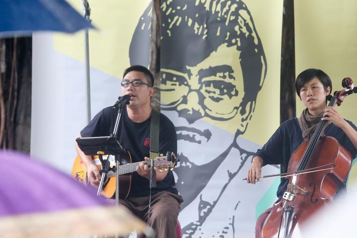 台中市政府在言論自由日當天舉辦音樂會紀念鄭南榕。記者黃仲裕/攝影