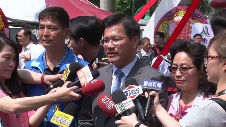台中市長林佳龍昨天接受媒體訪問,談到台中花博目標要突破8000萬人次,有人問市長你累了嗎?圖/讀者提供