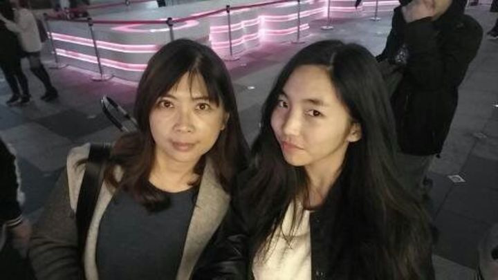 吳芝穎(右)與媽媽感情深厚。圖/陳羽庭提供