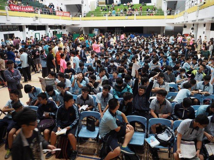 國中會考上午有179人次違規,違規最多為提早翻開試題本及攜帶非應試物品進場。報系資料照