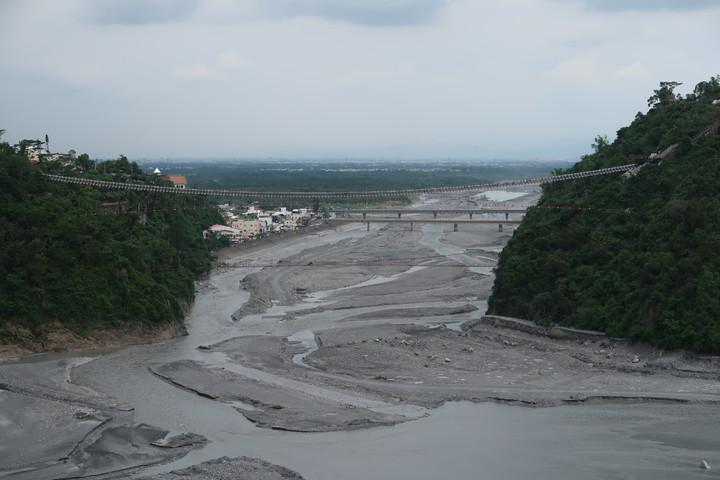 從這里可以眺望隘寮溪。記者翁禎霞/攝影