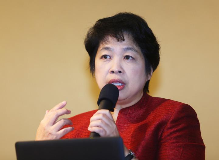 新加坡前財政部第二部長陳惠華,以「政府在基礎設施建設中的作用」為題,分享新加坡PPP成功的案例。記者杜建重/攝影