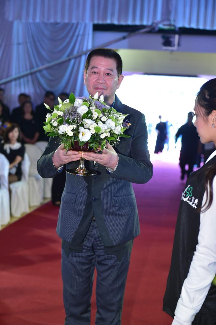 蔡小虎出席豬哥亮告別式弔唁。圖/台北市攝影記者聯誼會提供