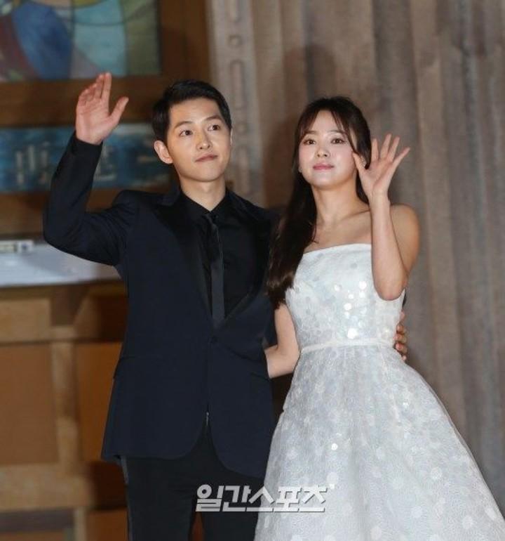 宋仲基和宋慧喬10月31日將結婚。圖/摘自日刊體育