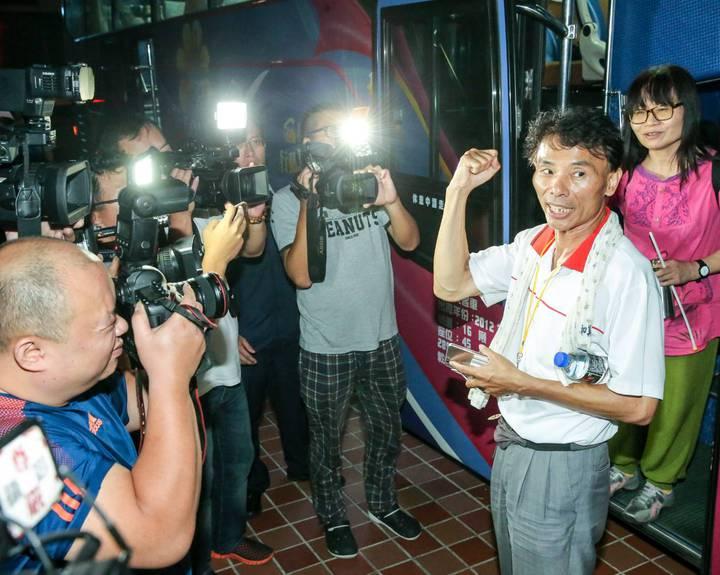 反年改團體召集人吳萬固稱「不是來抗議」。記者鄭清元/攝影