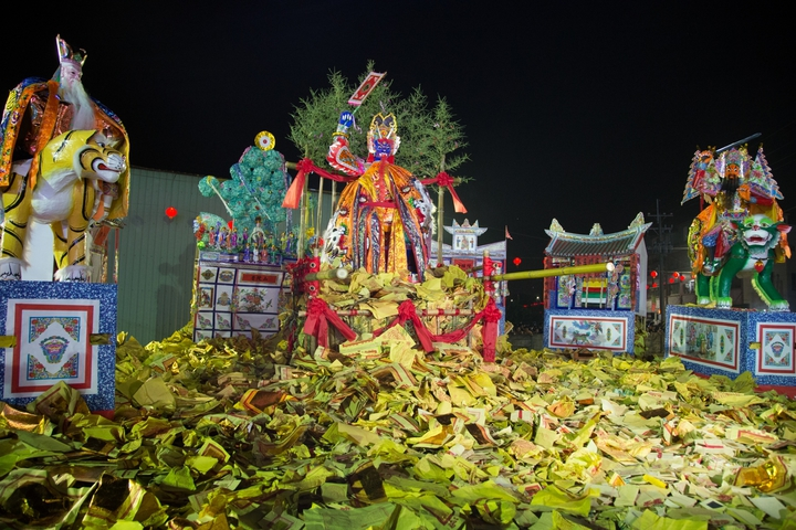 民雄大士爺文化祭昨天舉行火化儀式。 圖片/余信賢提供