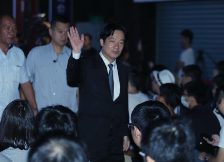 行政院長賴清德(中)傍晚出席六都電競比賽。記者許正宏/攝影