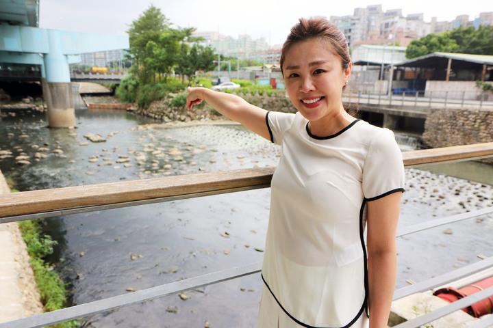 新北市議員李婉鈺酒後失態事件發生後,今在臉書向網友反擊。圖/資料照片