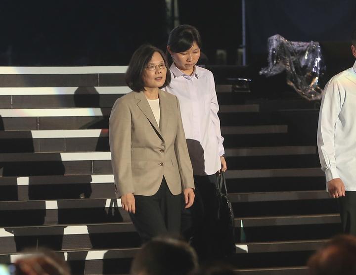 蔡英文總統表示,團結努力大步走向世界,就是一個更好的台灣。記者黃仲裕/攝影