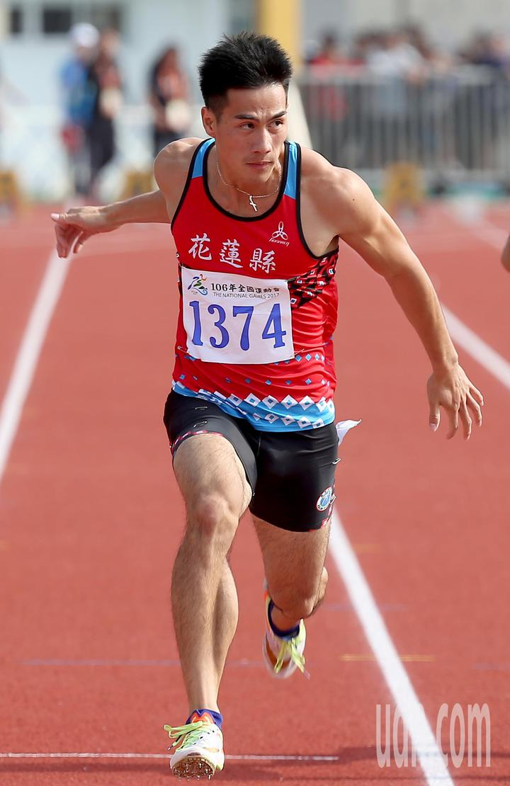 「台灣最速男」楊俊瀚今天在宜蘭全運會男子100公尺決賽以10秒30成績再度摘金。記者余承翰/攝影
