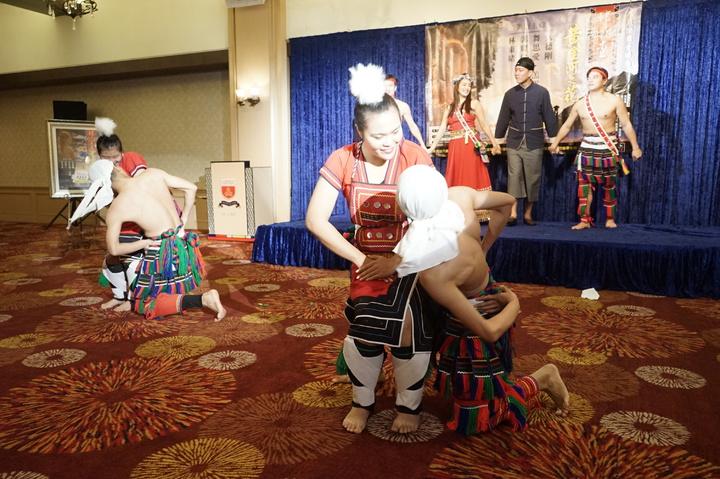 「邦查~黃金河之花」是原民樂舞音樂劇,融合戲劇、音樂與舞蹈。記者王燕華/攝影
