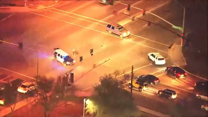 美亡命鴛鴦架車躲避警方追捕。美聯