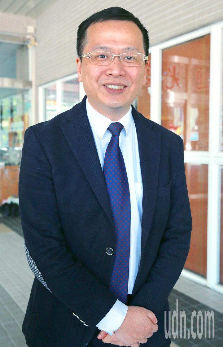 總統府前副秘書長羅智強(圖)宣布棄選台北市長,支持國民黨前立委丁守中參選台北市長。記者黃義書/攝影