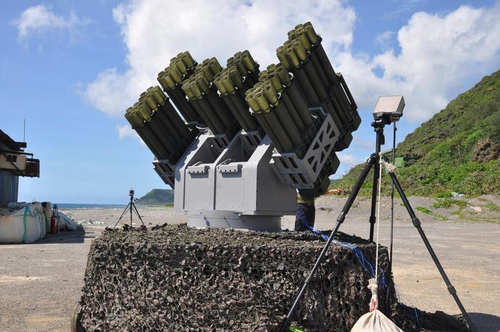中科院研發的「灘岸防禦火箭彈系統」,外界多次希望海巡署買單,作為該系統的第一位客戶。翻攝中科院官方網站