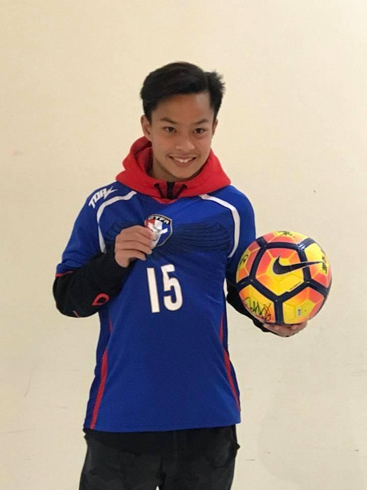 袁永誠15歲前往馬德里追逐足球夢。記者王樹衡/攝影