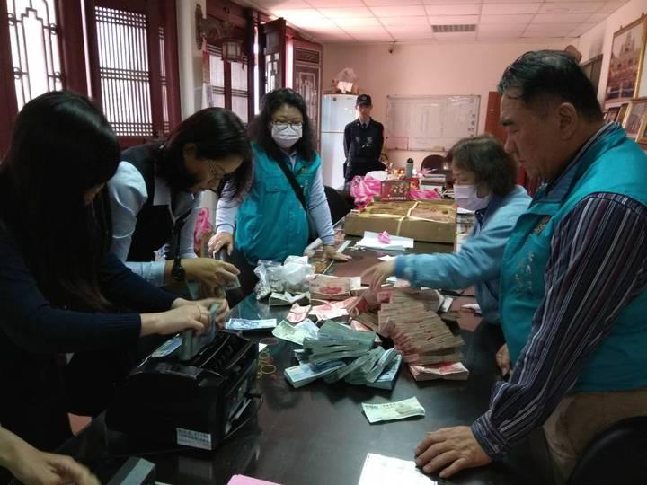 台南善化警方為慶安宮另類「護鈔」逾8年,受到地方好評。記者謝進盛/攝影