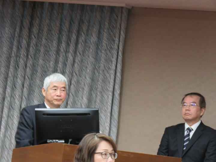 交通部長賀陳旦今天在立法院做業務報告並備詢。記者雷光涵/攝影