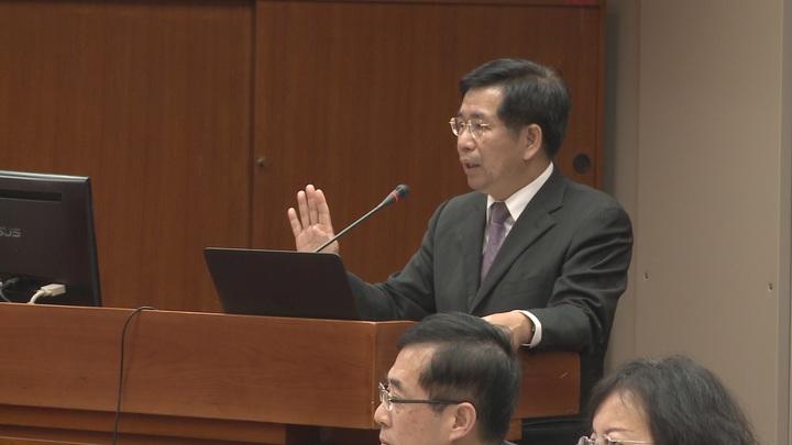 教育部長潘文中表示,台大校長遴選爭議,將在台大校務會議後處理。攝影/記者徐宇威