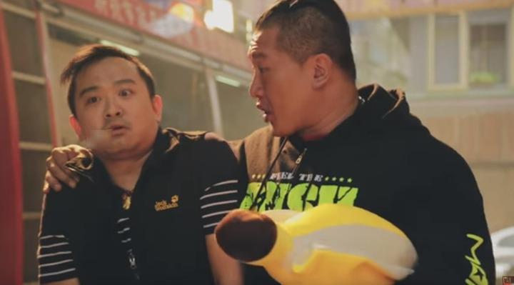 館長陳之漢拍攝新北消防局公益廣告。圖╱消防局提供