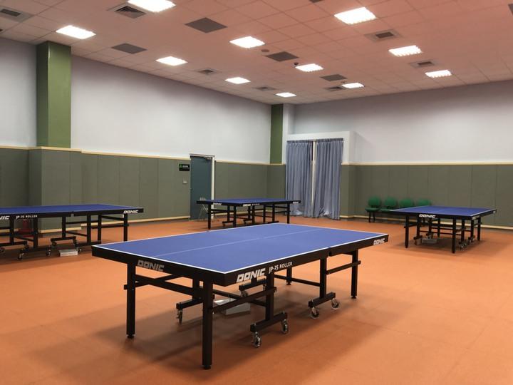 桌球教室內有8張桌球桌,配有空調。記者王慧瑛/攝影
