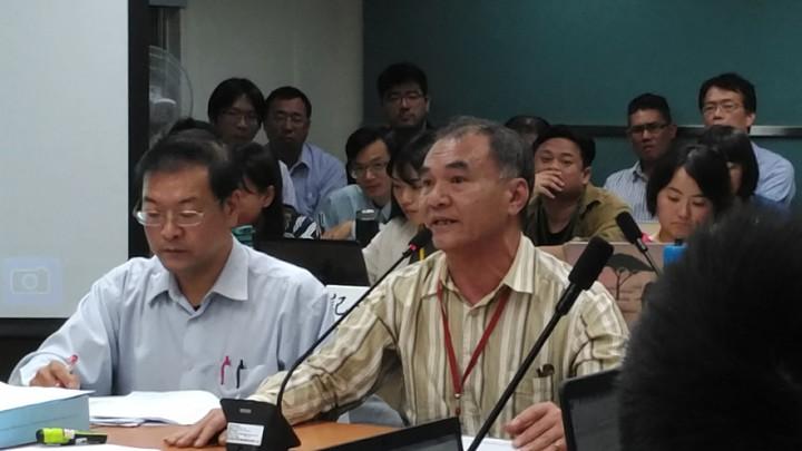 在地民眾表達支持建廠看法。記者董俞佳╱攝影