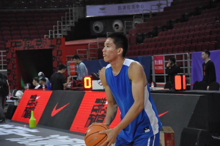 林彥廷在五棵松球場練投。  特派記者曾思儒/北京攝影