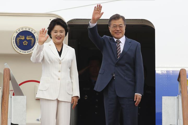 南韓總統文在寅21日出發訪問美國4天,計畫將在22日與美國總統川普會談,商討「川金會」事宜。美聯