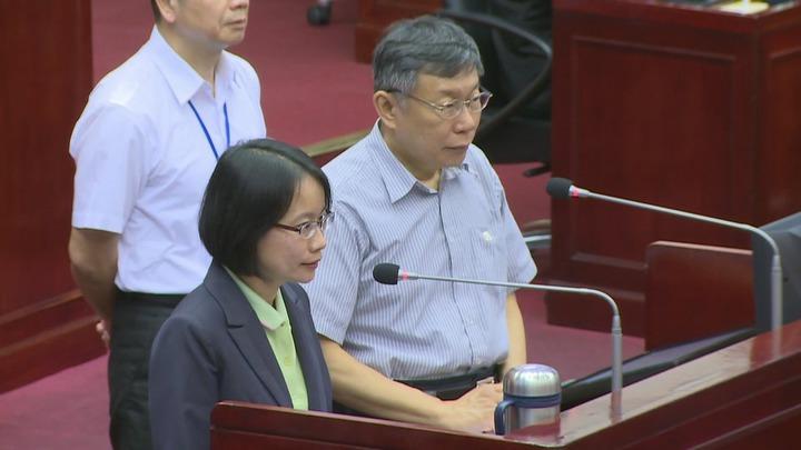吳音寧在6日在市議會一度哽咽表示,父親一開始是反對自己來北農。記者江煜文/攝影