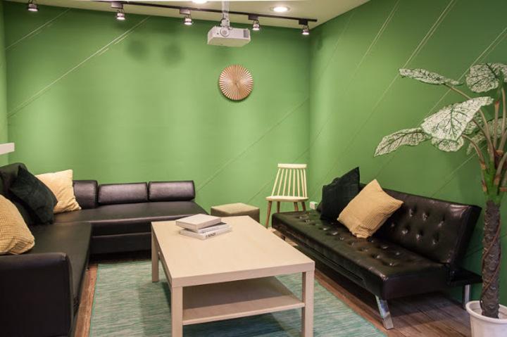 台北市長柯文哲開始尋覓競選辦公室的地點,傳出有意選定位於敦化北路的共享辦公室。圖/擷取自小樹屋網站