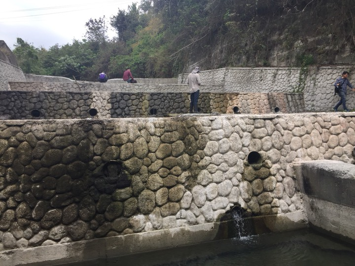 人為構造物對生物生死的影響,正在台灣各溪流上演,圖為台東的野溪整治後的情況。記者郭政芬/攝影