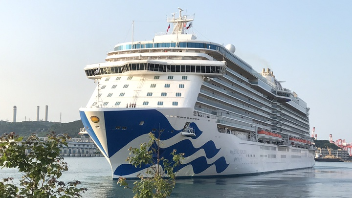 近年來進基隆港泊靠的郵輪一艘比一艘豪華,郵輪客自由行,想當半日基隆人的越來越多。圖/本報系資料照