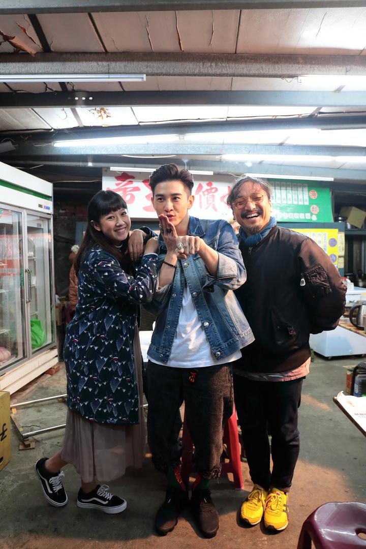方志友(左起)、張立昂、導演北村豐晴合作「噬膽72」。圖/TVBS提供