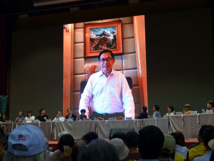 前總統陳水扁在喜樂島聯盟大會上,以播放錄影帶方式,大談金川會對台灣的啟示。記者趙容萱/攝影