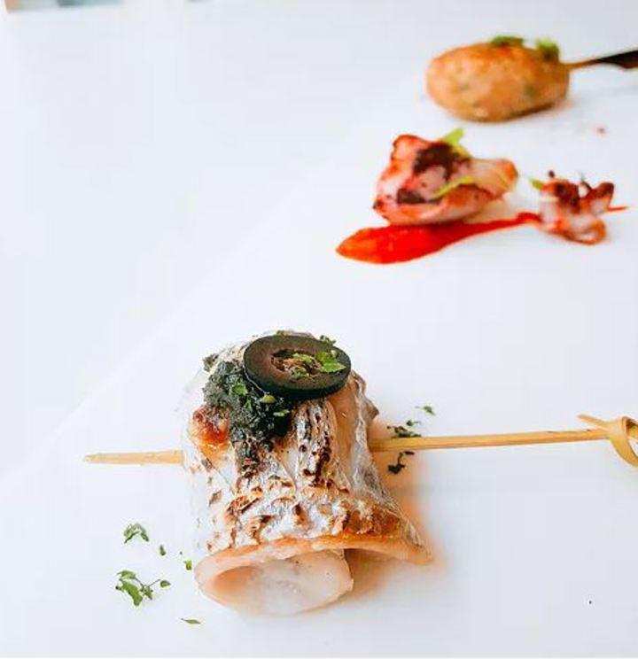 101高地舉辦私廚料理,今天搶先公布前菜,白帶魚小卷飛魚卵。圖/基隆市政府提供