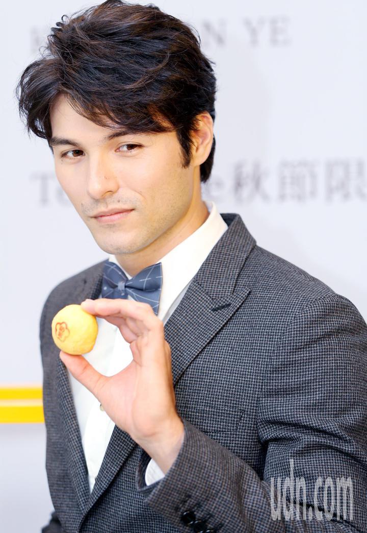 鳳小岳下半年會開始忙於拍片。記者侯永全/攝影