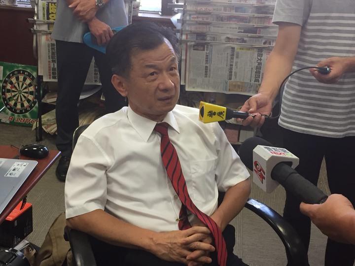 邱太三說菊姐一直來找他「勾勾纏」國家安全會議諮詢委員人事的事。記者王聖藜/攝影