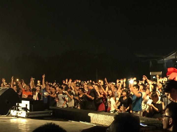 伍彩集團創辦人林義豐舉辦「瘋狂星期五」國際音樂節。記者吳政修/攝影