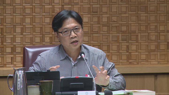 教育部長葉俊榮上任,首次參加部務會議,葉俊榮表示,台大校長遴選案跟課綱是兩大優先處理的議題。攝影/記者謝育炘