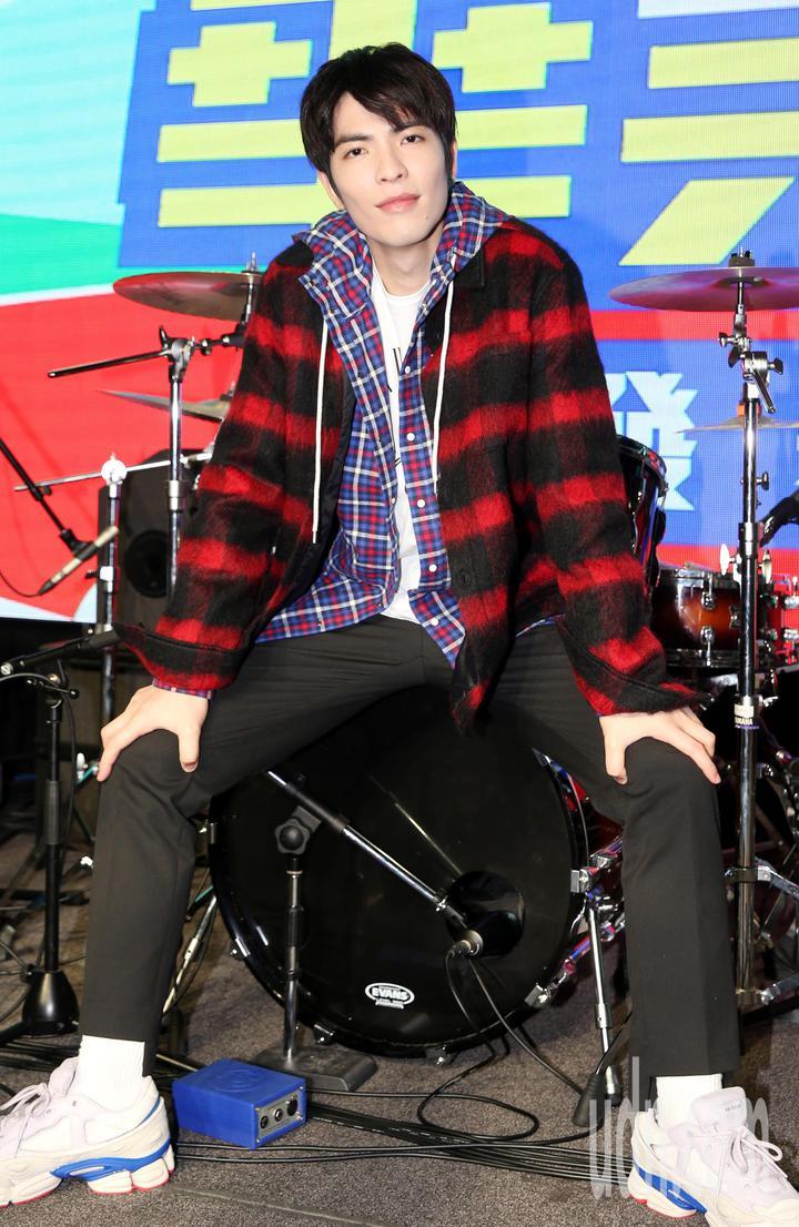 蕭敬騰近幾年積極投入培養新一代對音樂有興趣的年輕人。記者侯永全/攝影