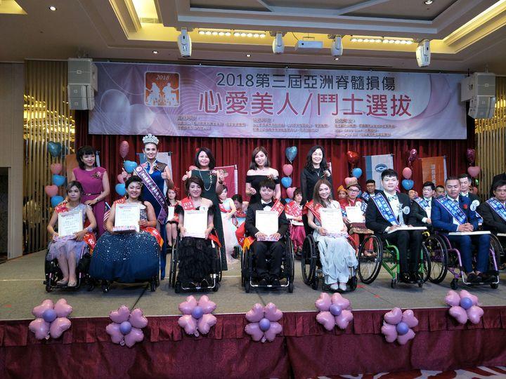 脊髓損傷者光鮮亮麗分享生命故事。記者陳秋雲/攝影