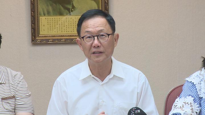 國民黨台北市長參選人丁守中,推出坐月子補助遭質疑,強調有太多開源方式,外界不必擔心。攝影/記者謝育炘