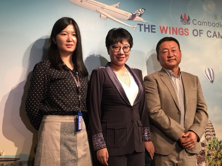 看重台灣市場,天皇旅行社與柬埔站航空合作,宣布以包機方式於10月9日正式開航台北-暹粒(吳哥)航線,這是柬埔寨航空在台開闢的第一條航線,後續計畫再飛航台中-金邊和高雄-金邊航線。 記者楊文琪/攝影