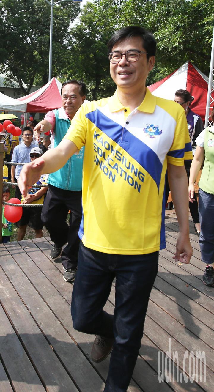 民進黨高雄市長參選人陳其邁今天出席高雄教產工會活動。記者劉學聖/攝影