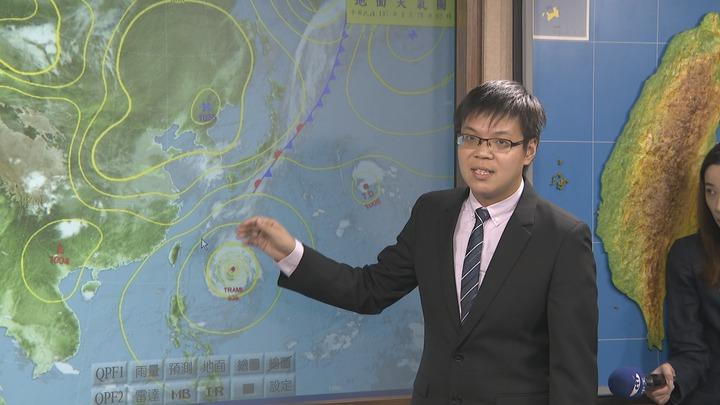 潭美颱風已減弱為中度颱風,氣象局預估暴風圈並不會觸陸。攝影/記者謝育炘