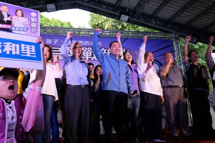 侯友宜今天與新北市議員劉美芳共同舉辦造勢大會。記者張曼蘋/攝影